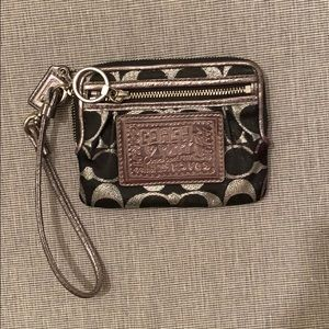 Authentic COACH Poppy Wallet with strap